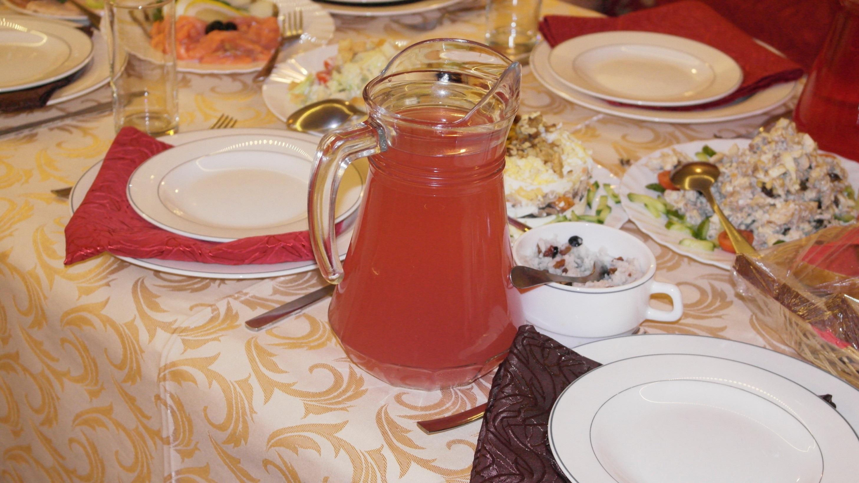 Доставка блюд из сети кафе «Поминальная трапеза»